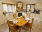 Wychnor Park Country Club Kitchen Dine
