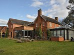 5 bed home ideally situated in idyllic country setting