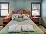Master Bedroom: Queen size bed, Ensuite, MVP Spa robes, walk in closet, tv