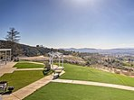 This Temecula vacation rental apartment is perfect for your wedding ceremony.