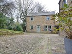 48021 Cottage situated in Mellor