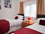 Twin zip-and-link bedroom