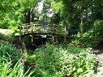 10 acres of gardens to explore