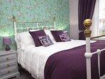 Double bedroom with Smart TV
