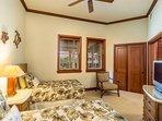 Kolea 14F - Guest bedroom with TV