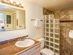 Kona Mansions #C305 - Master bathroom