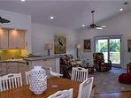 Lakeside Beach House - Image 7