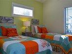 Lakeside Beach House - Image 20