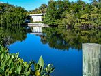 Lakeside Beach House - Image 23