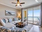 Twin Palms 404-Living Area with Sleeper sofa
