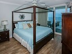 Master bedroom with king 4-posted bed