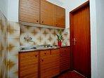 A3Srednji(2+2): kitchen