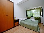 A2Gornji(2+2): bedroom