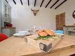 Gorgeous pine table to gather together for breakfast