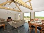 42280 Barn situated in St Davids (7.5mls NE)