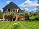 BT049 Cottage situated in Rolvenden