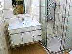 Salle de bain 2 avec WC suite parentale