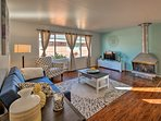 Escape to Seattle at this charming 2-bedroom, 2-bath vacation rental apartment!