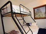 Thredbo Paringa-Bedroom2