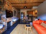 Lantern 20-Living-Room