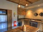 Lantern 20-Kitchen-Room