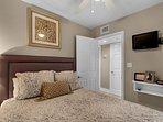 Maravilla 2310 - Queen Bedroom