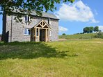 Detached spacious cottage in 43 acres