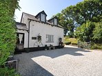 CARPE Cottage situated in Bude (4mls E)