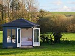 Summer house with views of the country side