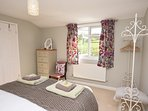 50923 Barn situated in Shaftesbury (2.5mls NE)