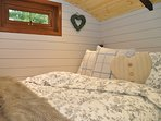 Enjoy a great night's sleep in this built in double bed with TV