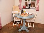 Spacious country kitchen with dining table,perfect for 2 or 4