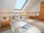 Double bedroom with skylight