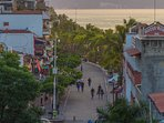 Throw a Stone to the Malecon!