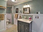 This spacious bathroom has everything you need to stay fresh!