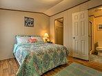 Each of the 2 bedrooms have en-suite bathrooms.
