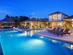 Elysium -   Contemporary West Coast Villa