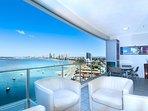 ❤️ Aqua 5-Star Luxury Apartment by the Sea