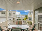 Sweeping Harbor Views, Antique Charm And First Class Amenities In Old Town