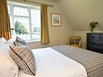 Enjoy a good nights sleep in the sumptuous bed