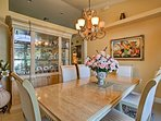 It's the perfect space to host formal family suppers.