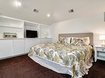 King master bedroom #4 has private bath, seating area and 32' smart TV
