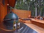 Back deck, built in hot tub