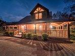 Starry night at Majestic Oak Lodge