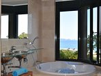 jacuzzi in en suite bedroom wit sea views.SA PUNTA COSTA BRAVA
