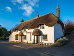 Pixie Cottage, Cosy Thatched Holiday Cottage in Dorset