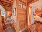 Sunriver-Vacation-Rental_27-Ranch-Cabin_Entry