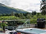 Private hot tub on the terrace ... bliss!