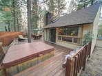 Sunriver-Vacation-Rental_Pine-Needle-7_Back-Deck-2