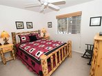WEB-Sunriver-Vacation-Rentals-7-Whistler-US-Queen-01